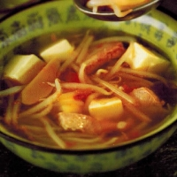 Vietnamese Bean Curd and Sprout Soup Soup