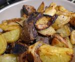American Rosemary Potato Wedges With Pearl Onions Appetizer