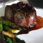 British Fillet Steak with Shallots and Red Wine Sauce Dinner
