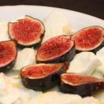 American Salad with Fresh Figs and Mozzarella Appetizer