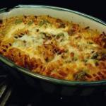 British Baked Pasta with Spinach and Bacon Dinner