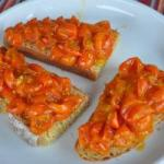 American Crostini with Cherry Tomatoes Roast Appetizer