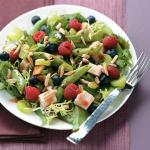 Canadian Summer Chicken Salad with Raspberry Vinaigrette Appetizer