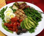 French Nicoise Salad With Grilled Tuna Appetizer