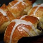 Irish Irish Easter Bread Rolls Appetizer