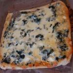 British Flaky Pie with Spinach and Feta Appetizer