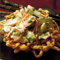 Chinese Noodle with Chicken-lime Salad Appetizer
