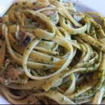 American Linguine with Pesto and Clams Appetizer