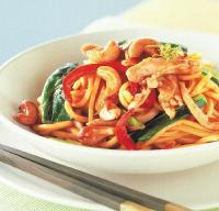Thai Cashew Chicken Stir-fry with Noodles Dinner