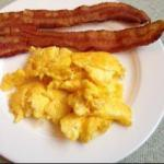 Canadian Scrambled Eggs with Cheese Dinner