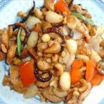 American Stir-fried Chicken with Cashew Nuts Dinner