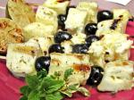 American Halloumi and Olives Skewers Appetizer