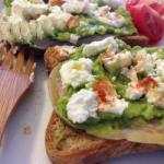 American Sandwich Without Gluten with Avocado Bacon and Goat Appetizer