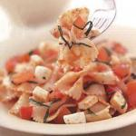 American Farfalle with Mozzarella and Fresh Tomatoes Appetizer