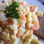 Australian Asparagus with Scrambled Eggs and Smoked Salmon Appetizer