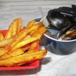 French Mussels with French Fries moules Frites Appetizer