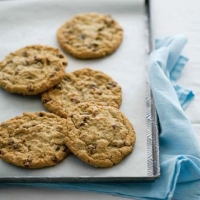 Canadian Oatmeal Raisin Cookies 1 Dessert
