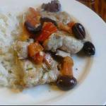 American Baked Chicken with Olives and Tomatoes Appetizer