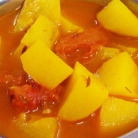 Indian Potato Tomato Curry Appetizer