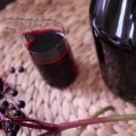American Elderberry Juice with Honey Dessert
