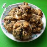 Canadian Macaroons with Figs Almonds and Raisins Dessert