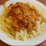 American Pasta with Mincemeat and Pineapple in Curry Cream Sauce Appetizer
