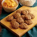 British Soft Oatmeal Apricot Cookies Appetizer