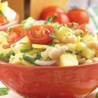 Nicaraguan White Bean with Tomato Salad Appetizer