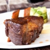 Canadian BBQ Short Ribs with Vegetables BBQ Grill
