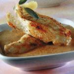 American Chicken with Creamy Sauce of Onion Dinner