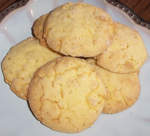 American Crisp Little Lemon Cookies 2 Dessert