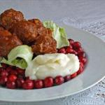 Canadian Meatballs and Cabbage Dessert