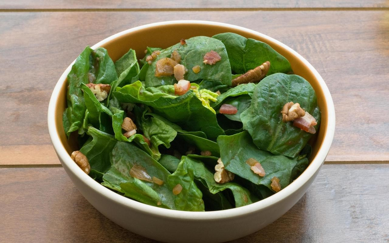 British Spinach Salad with Warm Bacon Vinaigrette Recipe Appetizer