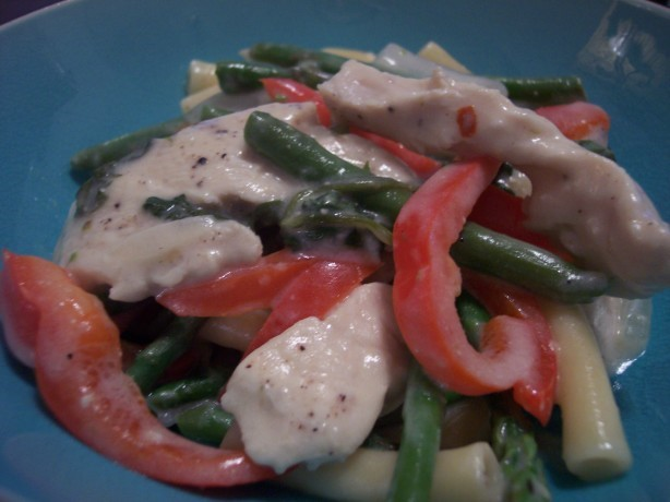 American Chicken and Ziti With Asparagus in a Creamy Sauce Dinner