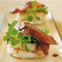 Chinese Noodle Pancakes With Peking Duck Appetizer