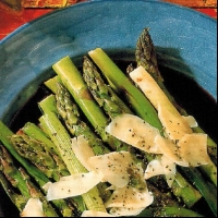 American Grilled Spring Onions And Asparagus BBQ Grill
