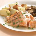 American Baked Salmon with White Wine and Cream Sauce Alcohol
