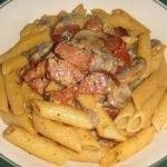 American Noodles Penne with Creamy Sauce of Sausage Green Beans and Mushrooms Appetizer