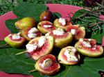 American Broiled Figs With Goat Cheese Dessert