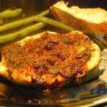 American Chicken Breasts with Olives and Raisins Appetizer