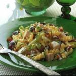 Turkish Creamy Turkey Salad with Grapes and Pecans Appetizer
