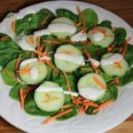 Turkish Spinach and Cucumber Salad Appetizer