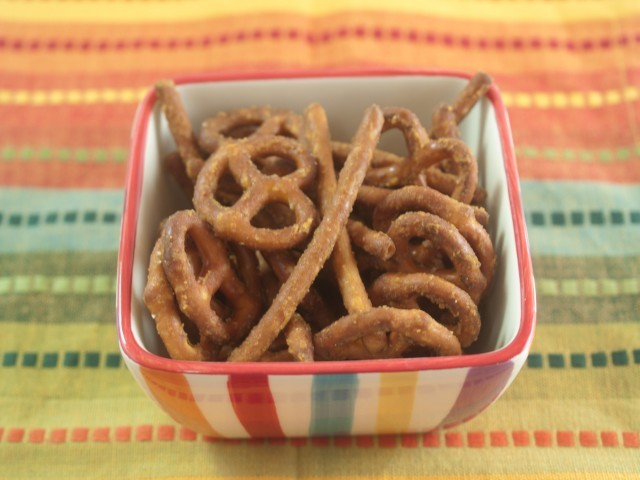 American Homemade Honey Mustard Pretzels Appetizer