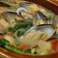 American Simple Aphrodisiac Mussels Soup
