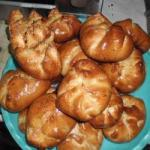 American Yeast Buns with Sausage and Cheese Appetizer