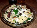 American Pasta With Spinach Feta and Olives Appetizer