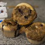 American Blueberry Muffins with Crumble Topping Dessert