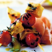 British Tomato and Bread Skewers BBQ Grill