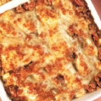 Italian Baked Macaroni and Cheese with Meat Sauce Dinner