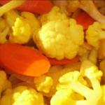 Canadian Pickled Cauliflower and Carrots Appetizer